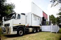 //5krorwxhjqilrij.ldycdn.com/cloud/liBqkKkkRioSinioniko/led-mobile-stage-truck-for-sale.jpg